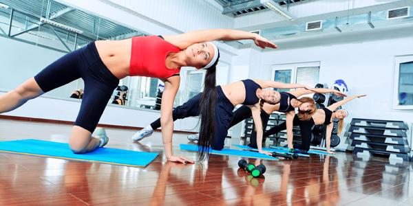 Групповые тренировки в фитнес-клубах